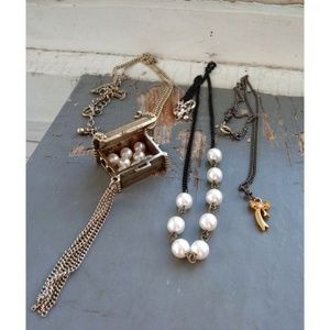 Vintage 80s pearl gold metal charm necklaces